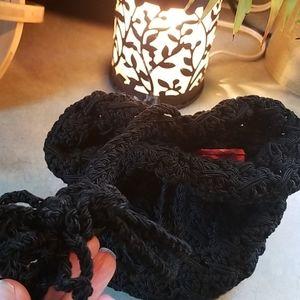 1920s thick knit drawstring handbag